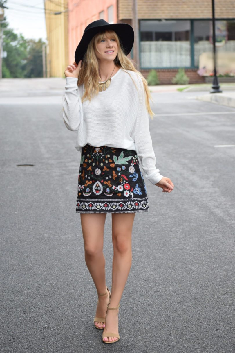 embroidered mini skirt, fall fashions