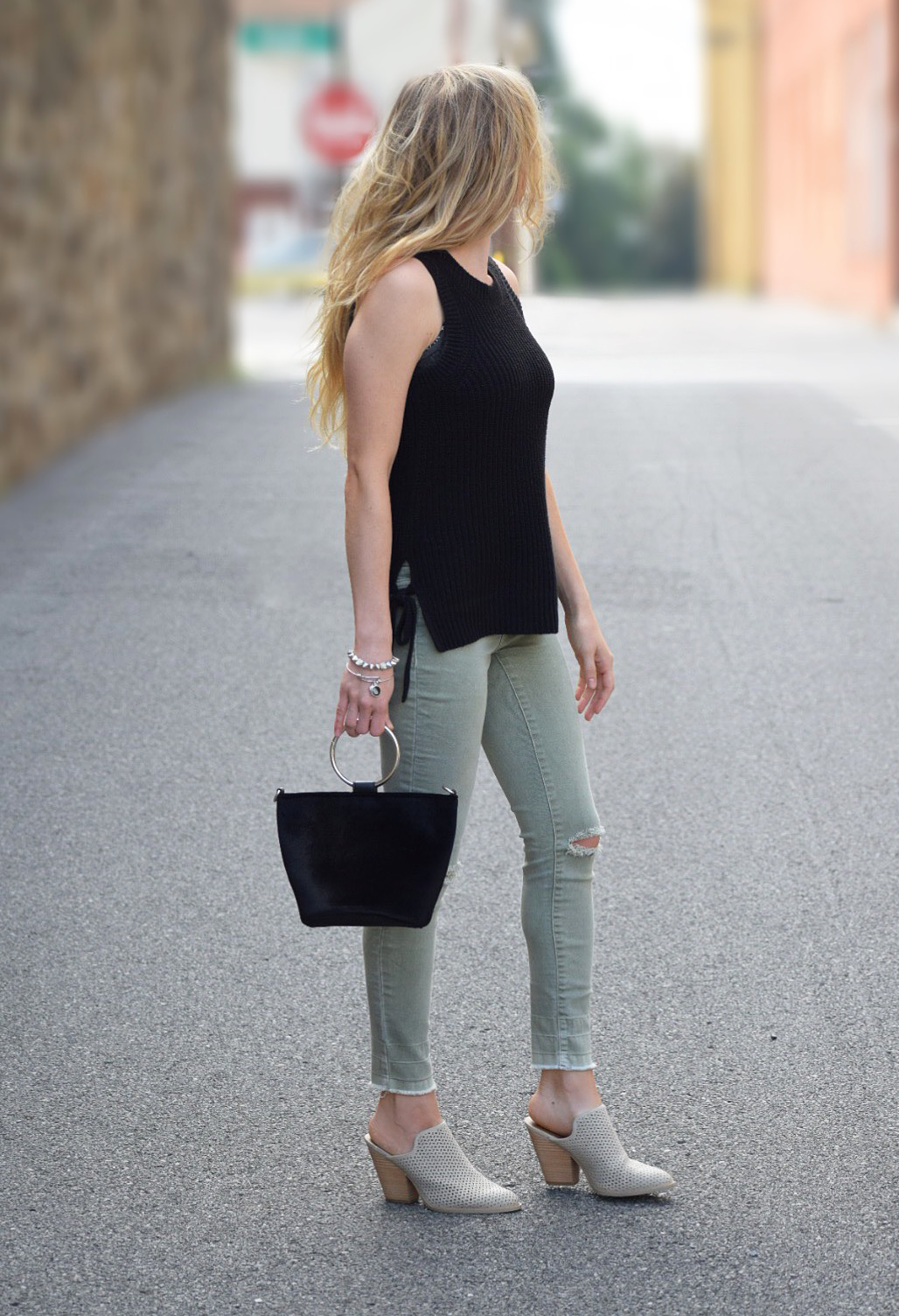 skinny jeans fall style mules