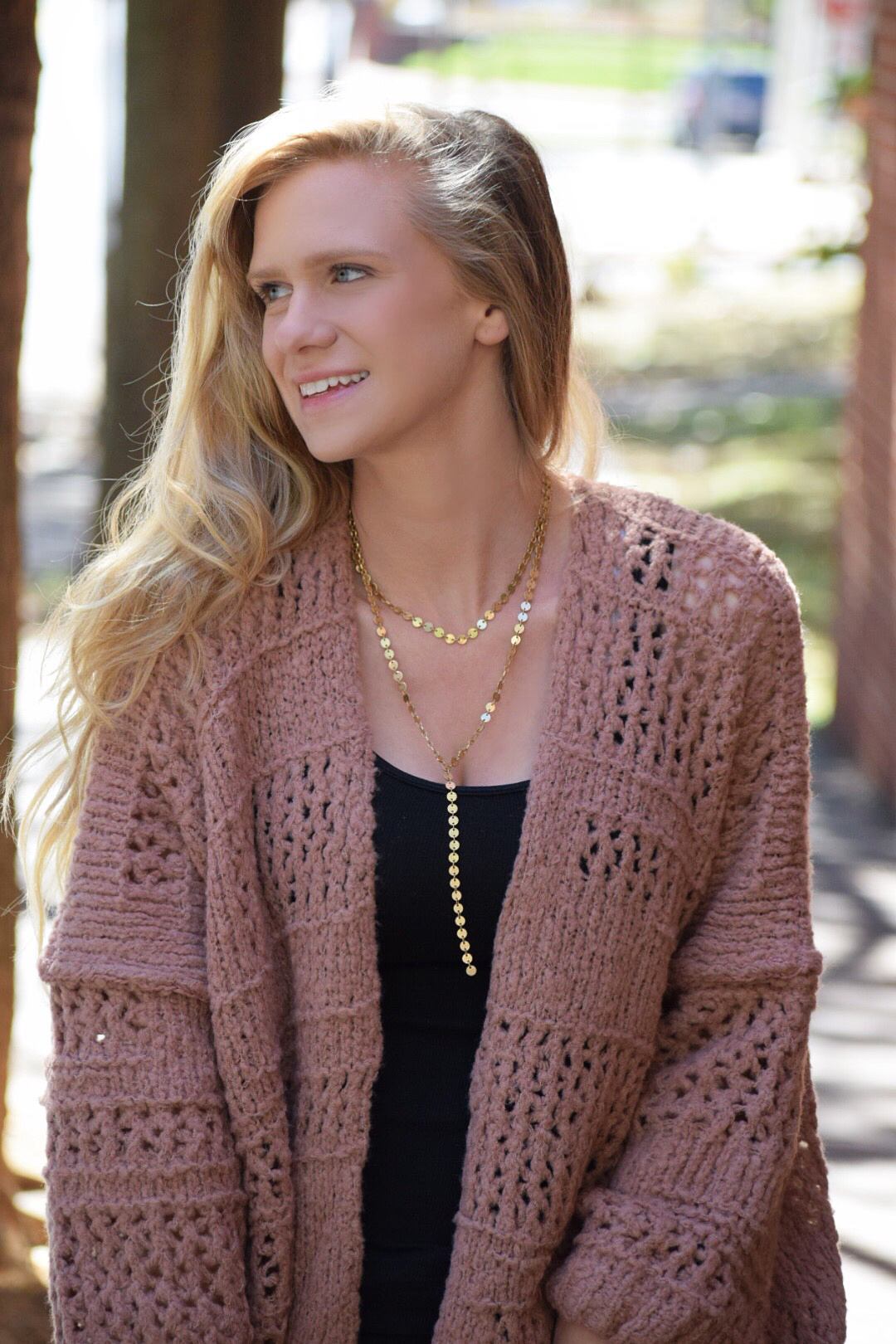 gold chain necklace and free people cardigan